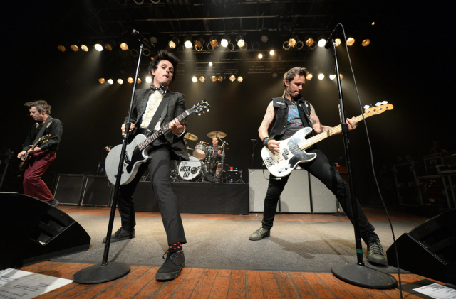 20150417-green-day-live-640x421